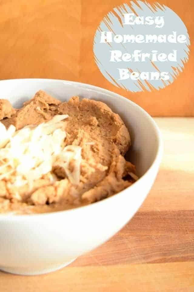 Easy Homemade Refried Beans Recipe to make your Mexican meals at home. This vegan recipe is amazingly quick to make and absolutely delicious. Yes, it is gluten free. It's the perfect Mexican side dish for your next Taco Tuesday. #refriedbeans #vegan #glutenfree #sidedish