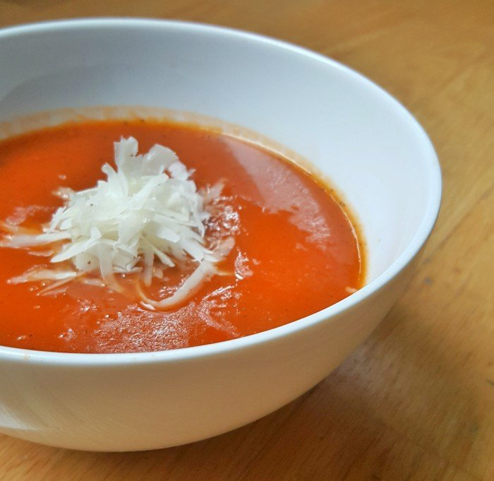 Perfect first time instant pot recipe for tomato soup in winter