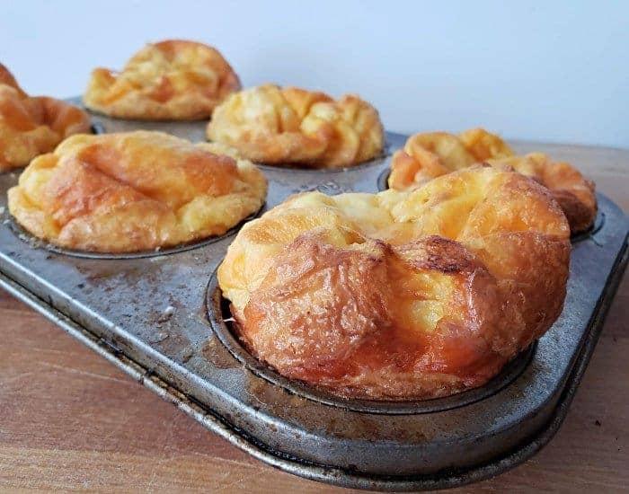 Puffy egg muffins