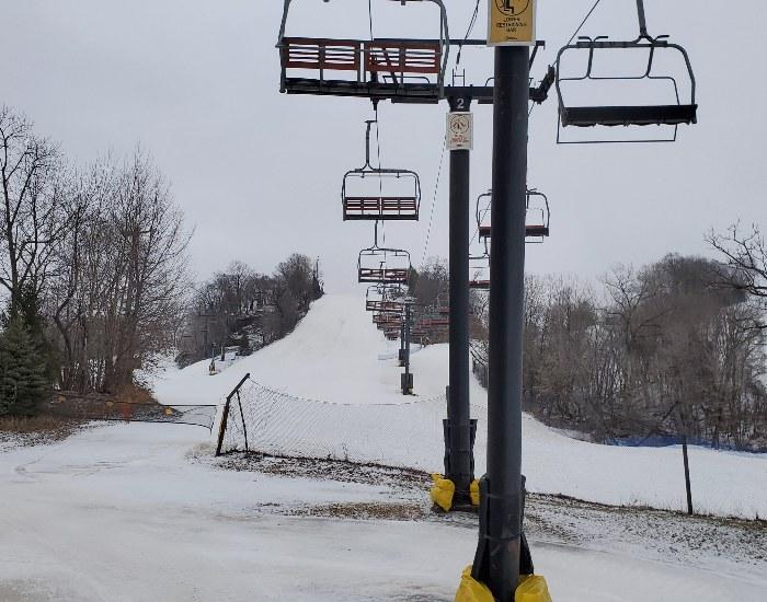 Chestnut Mountain chair lift