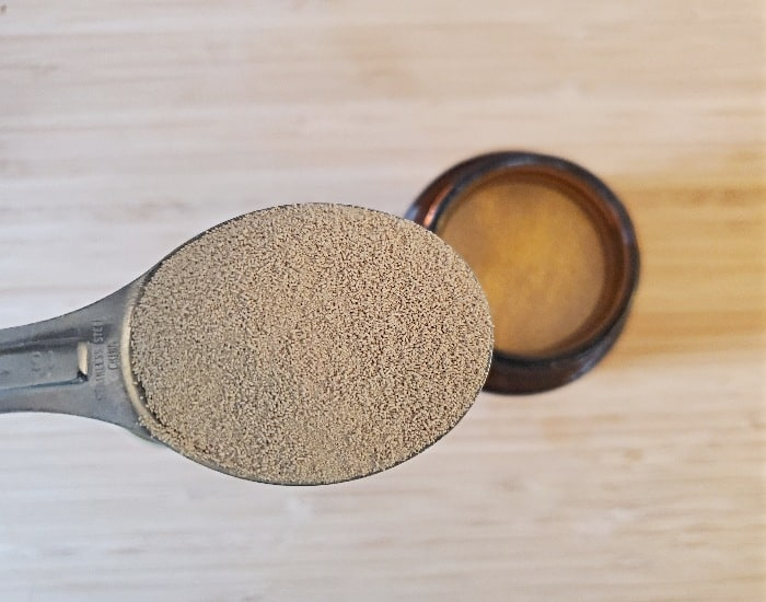 Tablespoon of yeast